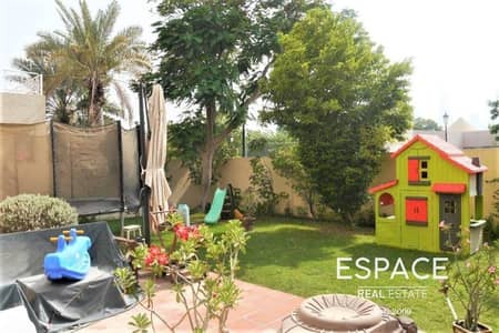 3 Bedroom Villa for Sale in The Lakes, Dubai - Owner Occupied   Close to Park   Well Kept