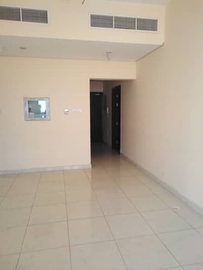 Open view higher floor spacious apartment for rent in lavender tower in 17000 with covered card parking