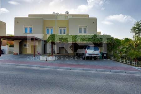 فیلا 4 غرف نوم للبيع في الريف، أبوظبي - Single Row Homey Spacious Villa for Sale!!