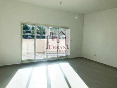 2 Bedroom Apartment for Rent in Al Reef, Abu Dhabi - Move in ready! Multiple payments 2BR in Al Reef w/ balcony