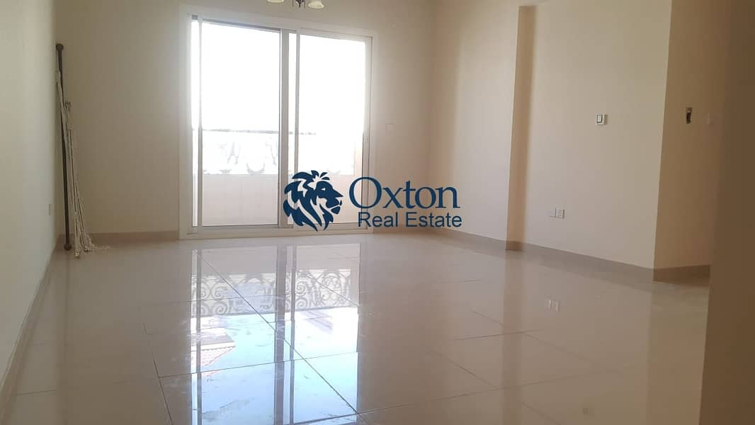 Beautiful Features 2 Bedroom  With 2 Master bed Wardrobes Balcony