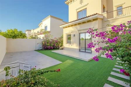 3 Bedroom Villa for Sale in Reem, Dubai - 1E backing pool and park vacant on transfer