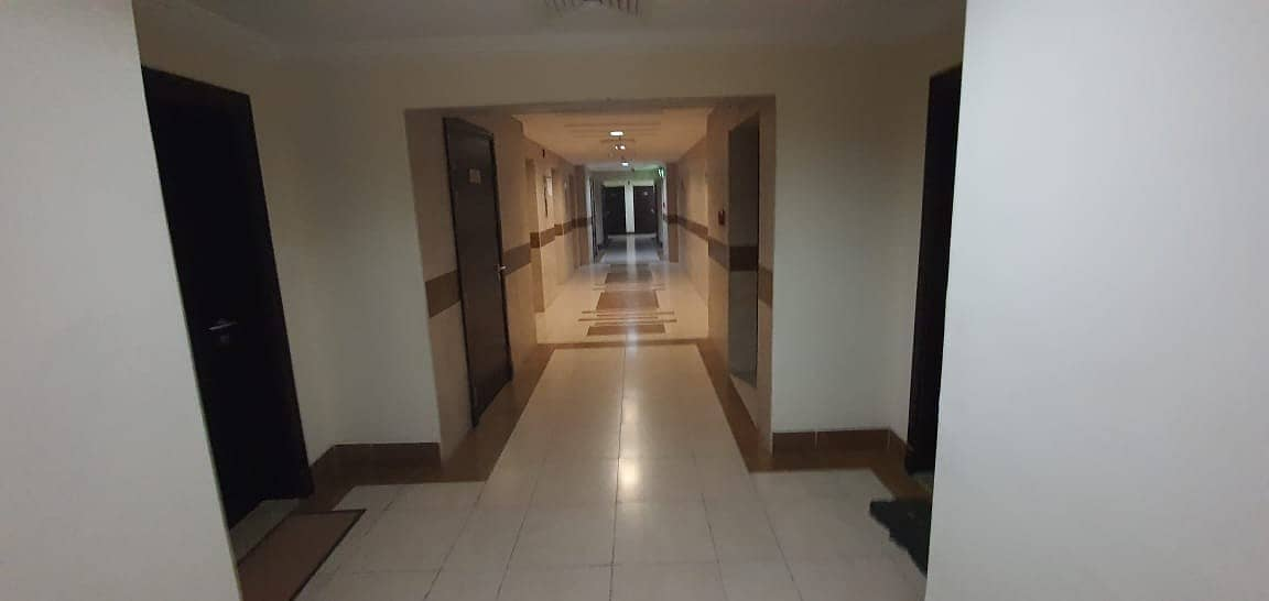 FULL FACILITIES BRAND NEW BUILDING 2 BEDROOM WITH BALCONY RENT IN  PHASE 2