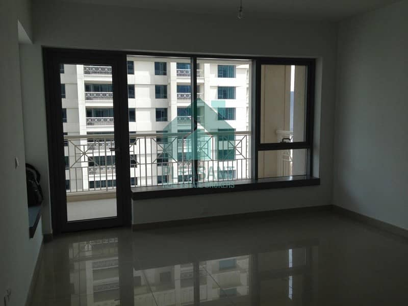 Facing Fountaion 2 Bedroom In 29 Boulevard Tower For Sale