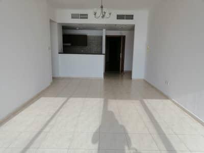 شقة 2 غرفة نوم للايجار في دبي لاند، دبي - شقة في أبراج سكاي كورتس دبي لاند 2 غرف 40000 درهم - 4304748