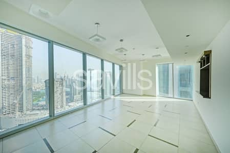 3 Bedroom Apartment for Rent in Downtown Dubai, Dubai - Mid-Floor Sea View | Spacious 3BHK | Very close to Metro