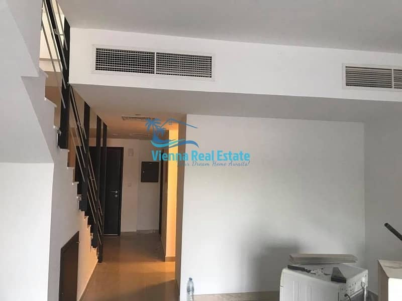 HOT DEAL 3 BR Villa for sale in Al Reef!
