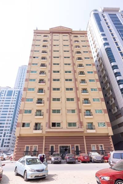 فلیٹ 2 غرفة نوم للايجار في التعاون، الشارقة - شقة في شارع التعاون التعاون 2 غرف 30000 درهم - 4476205