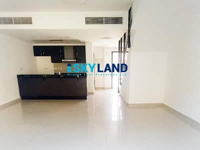 فیلا 3 غرف نوم للايجار في الريف، أبوظبي - Vacant w/ Stunning Garden ! 3Br + Study 95k Only