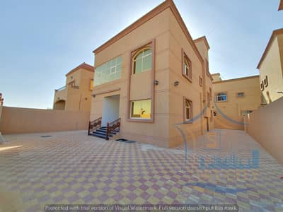 Without a first payment, owns a villa in Ajman, freehold all nationalities