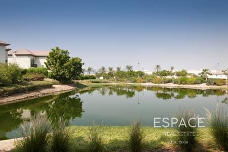 فیلا 4 غرف نوم للبيع في جزر جميرا، دبي - European Spanish Style With Private Pool