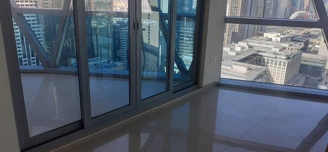 شقة 2 غرفة نوم للايجار في مركز دبي المالي العالمي، دبي - Bright 2 bedroom +Maid apartment for Rent in Park Tower A
