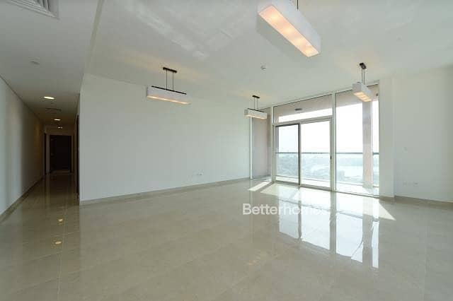 2 3 Bedrooms Apartment in  Al Marina
