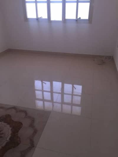 Very nice(2) bedroom hall in khalifa (B) for rent-good space -price is ( 65000 )2 payments