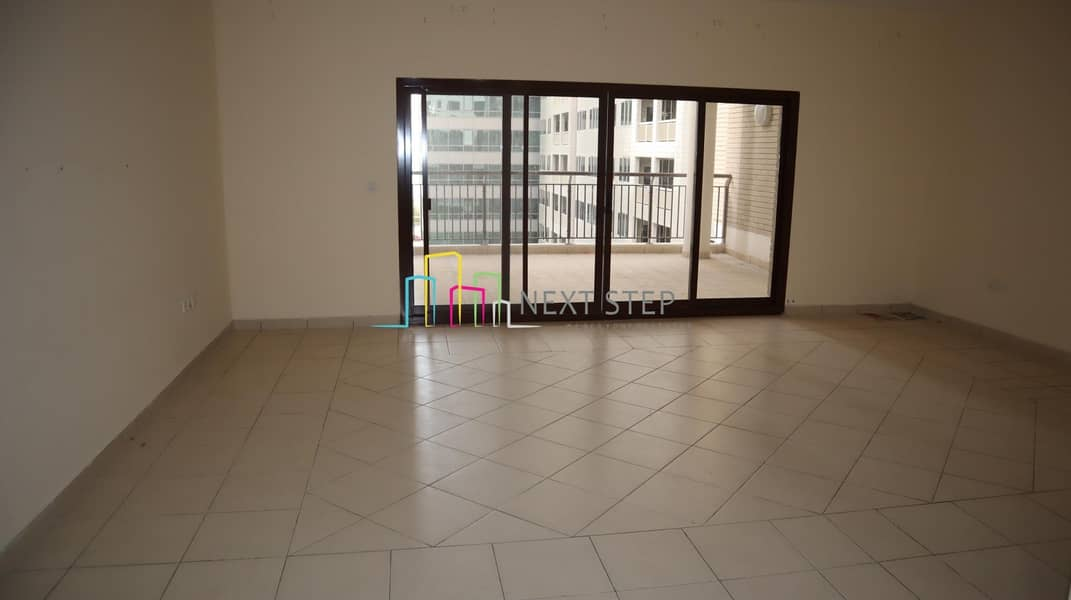Free-1 Month!! Truly Large * Duplex* with Parking & Big Terrace