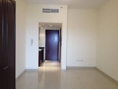 Wonderful studio apartment overlooking the sea located in Al Hamra