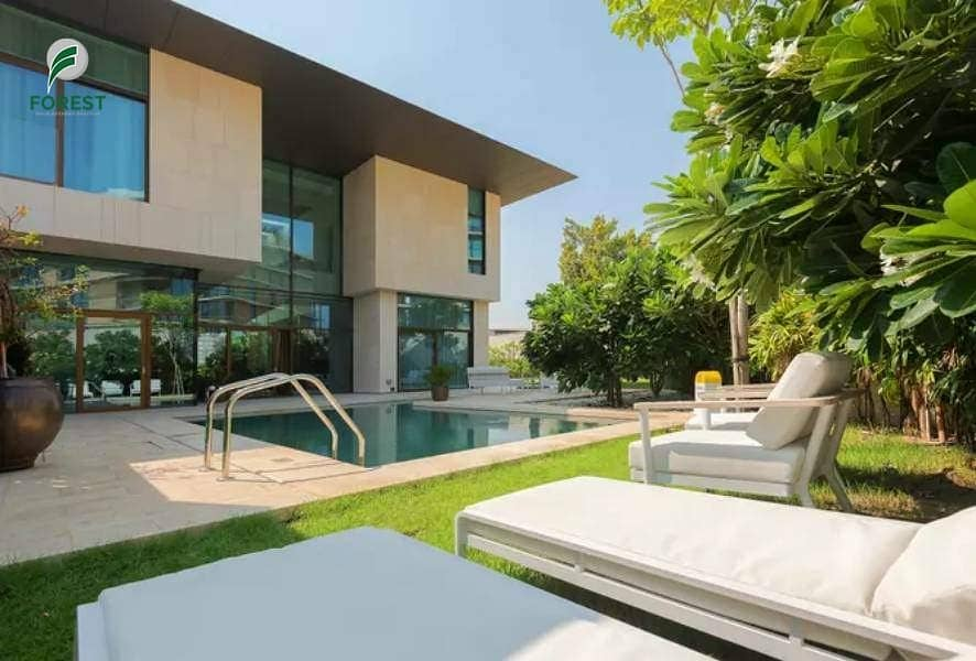 2 Exclusive Deluxe Mansion with High-end Furniture