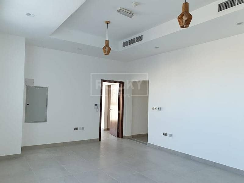 2 Spacious | 4-Bed Townhouse | Al Barsha 3