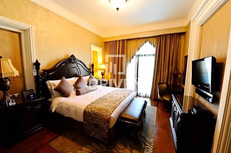 18 Exclusive 5 Bed Villa | Beach Royal Living
