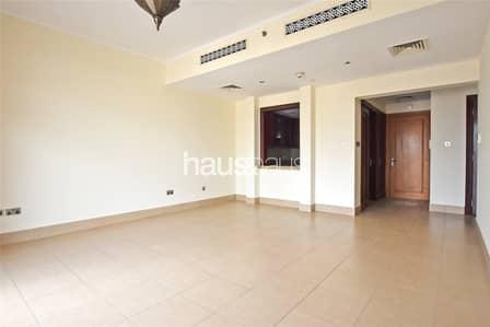 فلیٹ 1 غرفة نوم للايجار في المدينة القديمة، دبي - Large Layout | Burj Khalifa View | No Construction