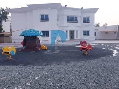 8 Bedroom Villa for Sale in Al Safa, Dubai - Commercial Villa | 8 Master Bedroom | 7 Service Block