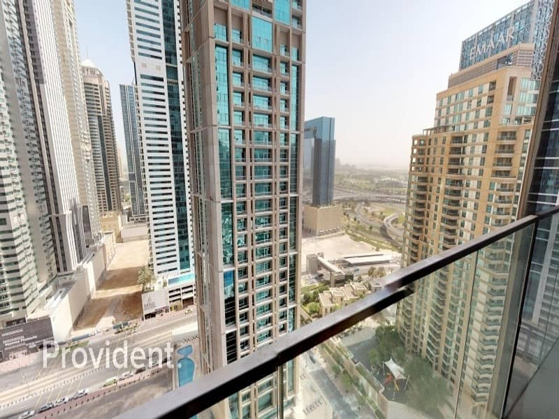 Cosiest 1 B/R in Marina Gate with Golf Course View