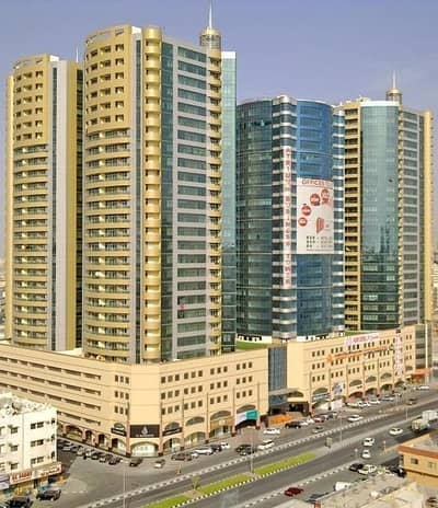 1 Bedroom Apartment for Rent in Ajman Downtown, Ajman - HUGE!! 1 BHK BEAUTIFUL FULLY GARDEN VIEW LOWER FLOOR HORIZON TOWER AS/FOOD COURT/MALL/GYM/POOL/GARDEN/ KIDS PLAY AREA