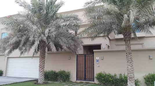 5 Bedroom Villa for Rent in Mohammed Bin Zayed City, Abu Dhabi - Worth Seeing 5 Master Bedroom villa with private pool & garden at MBZ