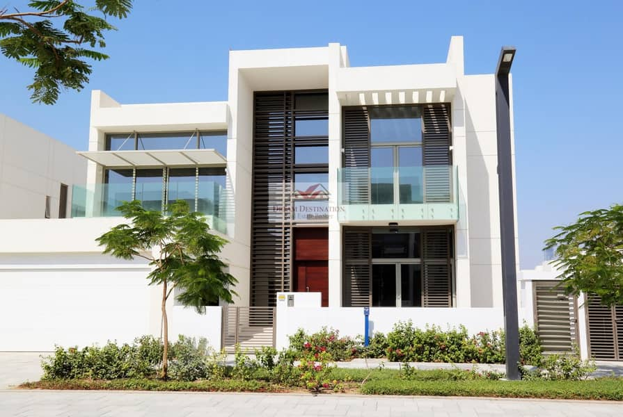 16 Brand New 4 Bedroom Contemporary Villa in D1
