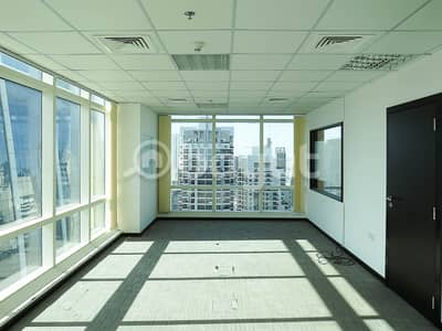 Office for Sale in Jumeirah Lake Towers (JLT), Dubai - Fit-out Office - High Floor and Gorgeous Views