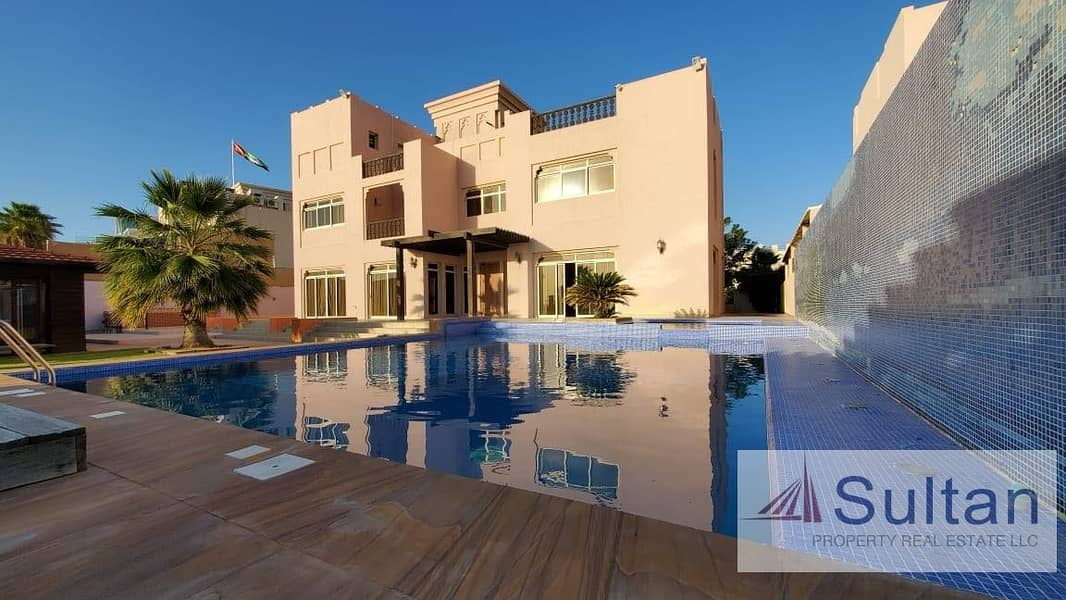2 5 Bedroom C Villa With Swimming Pool