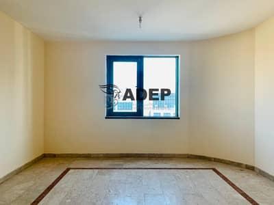 فلیٹ 3 غرف نوم للايجار في شارع النجدة، أبوظبي - 3 Bedroom  Good Offer