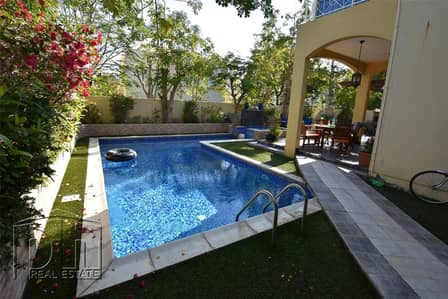 3 Bedroom Villa for Rent in The Meadows, Dubai - Private Pool - Available March- Full Upgraded and Extended