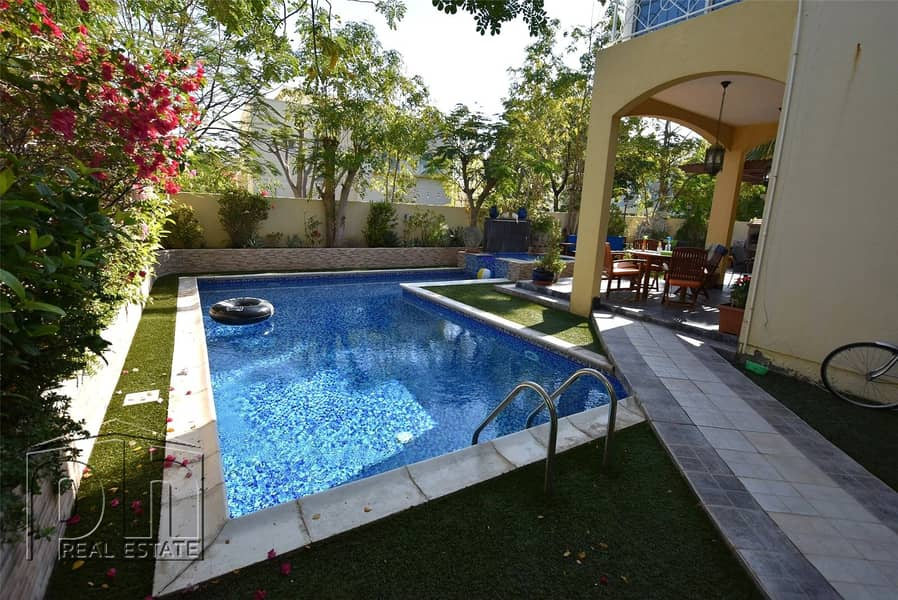 Private Pool - Available March- Full Upgraded and Extended