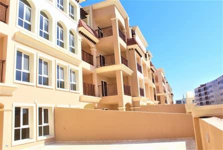 شقة 2 غرفة نوم للايجار في روضة أبوظبي، أبوظبي - Stunning Two BR Apartment with Parking in Rawdah