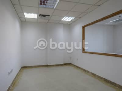 مکتب  للايجار في الميناء، دبي - Spacious Commerical Office Directly from Landlord with 1 Month Rent free