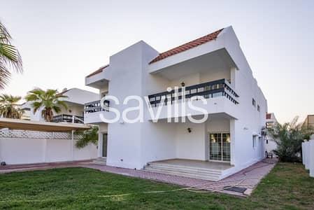 فیلا 5 غرف نوم للايجار في الصفا، دبي - Stunning 5 Beds Independent Villa at Al Safa