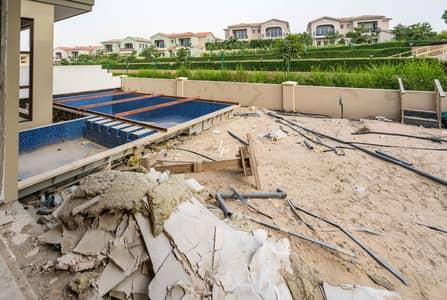 5 Bedroom Villa for Sale in Jumeirah Golf Estate, Dubai - Shell and Core Investment Opportunity Quiet Corner