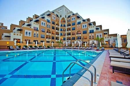 1 Bedroom Apartment for Sale in Al Marjan Island, Ras Al Khaimah - Wonderful 1br apartment  located in Bab Al Al bahr ,Ras Al Khaimah overlooking the sea