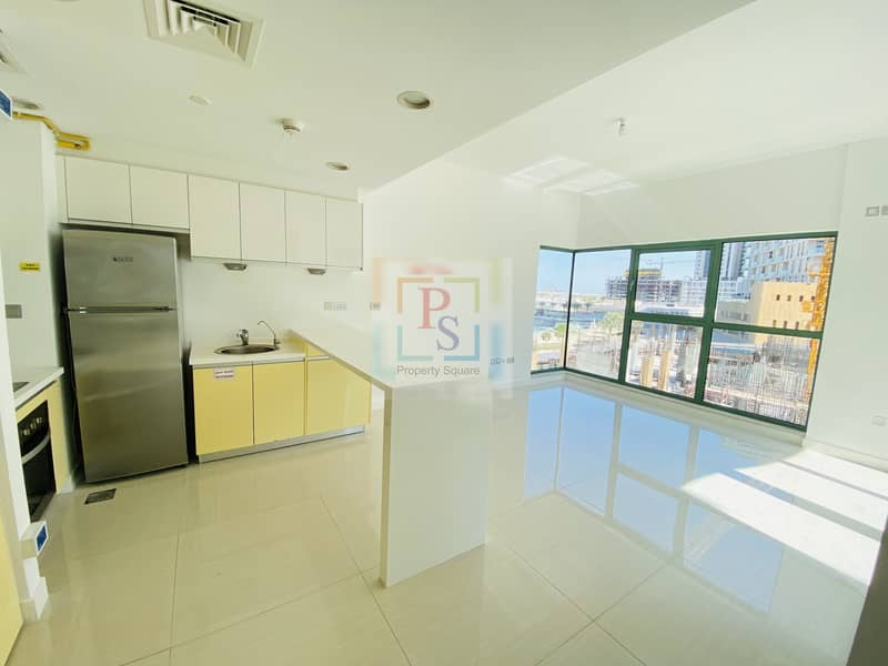 2 Classy Apt W/D Fully Fitted Kitchen & Balcony