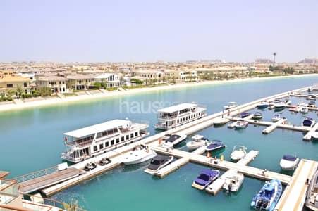 Studio for Rent in Palm Jumeirah, Dubai - Available mid February | Amazing view | High floor