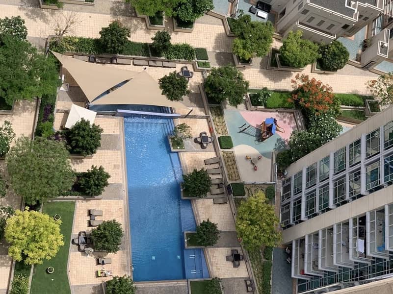 11 The Residences T7 1 BR Apt for Rent