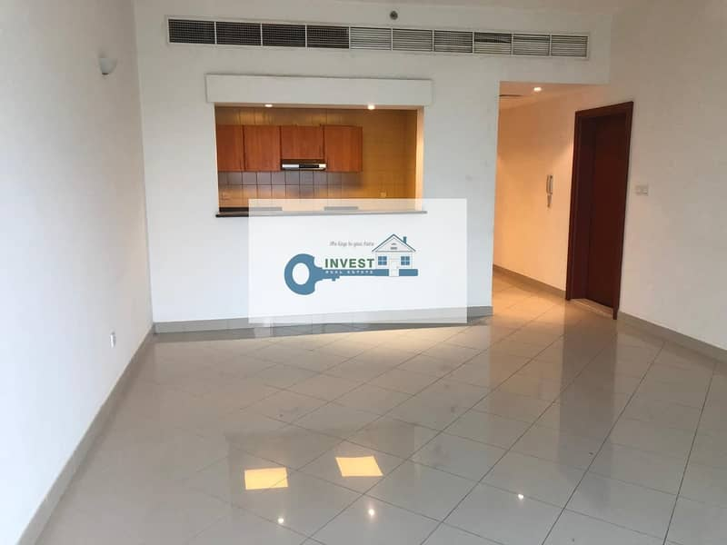 NEW YEAR'S MUST HAVE DEAL   WELL MAINTAINED - HUGE 1 BEDROOM   NEGOTIABLE PLEASE CALL