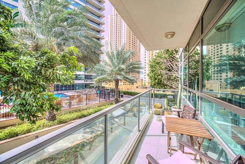 14 Exclusive | Upgraded Unit|Spacious Layout |Vacant