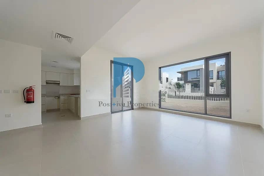 Near to Pool |Brand New | 3 BR + M | 103 k 1 cheq