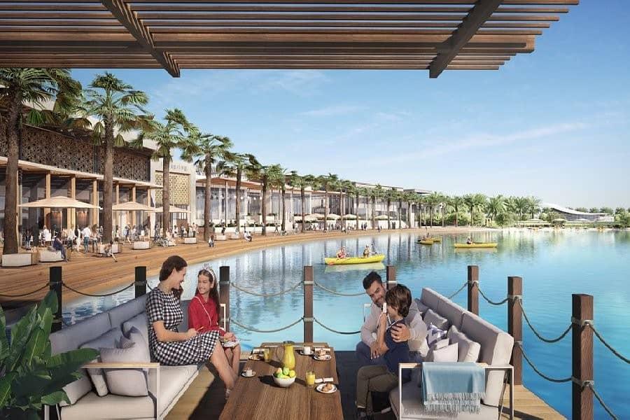 Waterfront Living | Vibrant Community !
