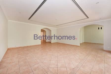 3 Bedrooms Townhouse in  Green Community