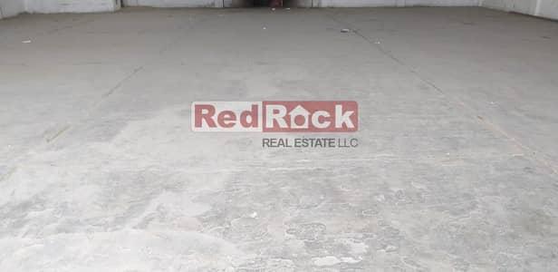 Warehouse for Rent in Ras Al Khor, Dubai - Tax Free 3700 Sqft Warehouse Suitable for Garage in Ras Al Khor