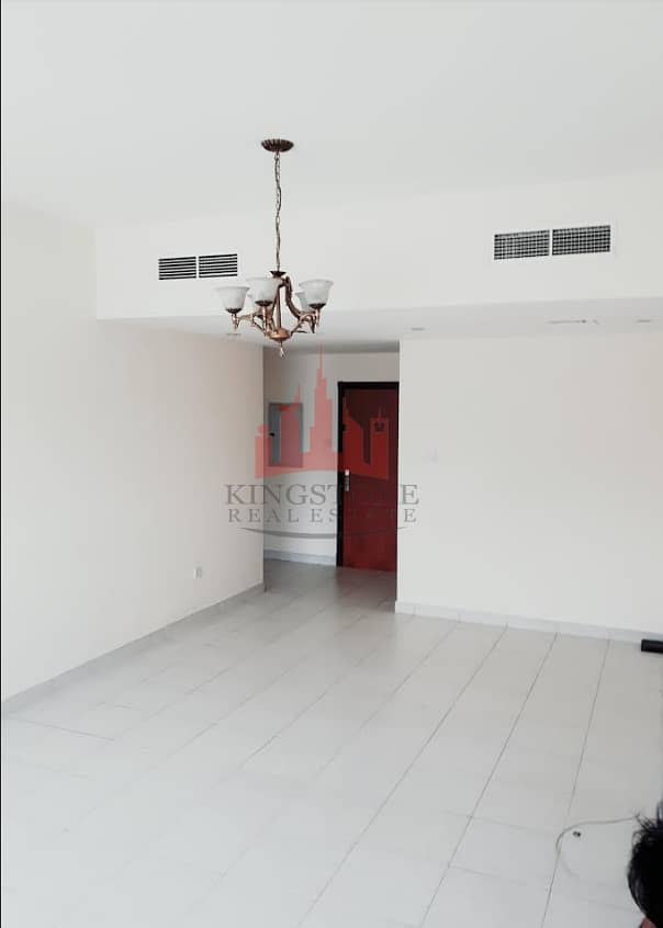 2 2 BED ROOM HALL IN GARHOUD NEAR WEL CARE HOSPITAL NEAR INDIAN HIGH SCHOOL WITH 1 MONTH FREE RENT