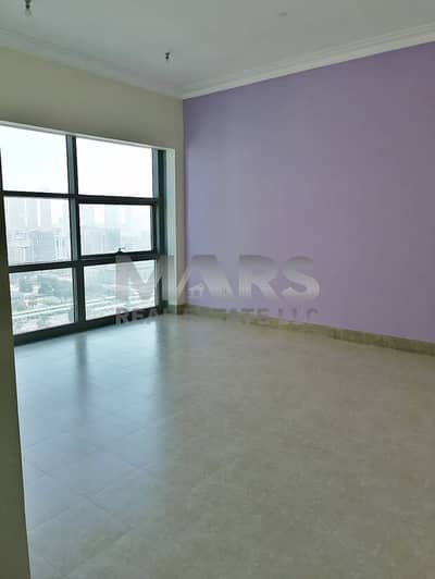 Perfect Location 2 BHK Apart + Furnished Kitchen